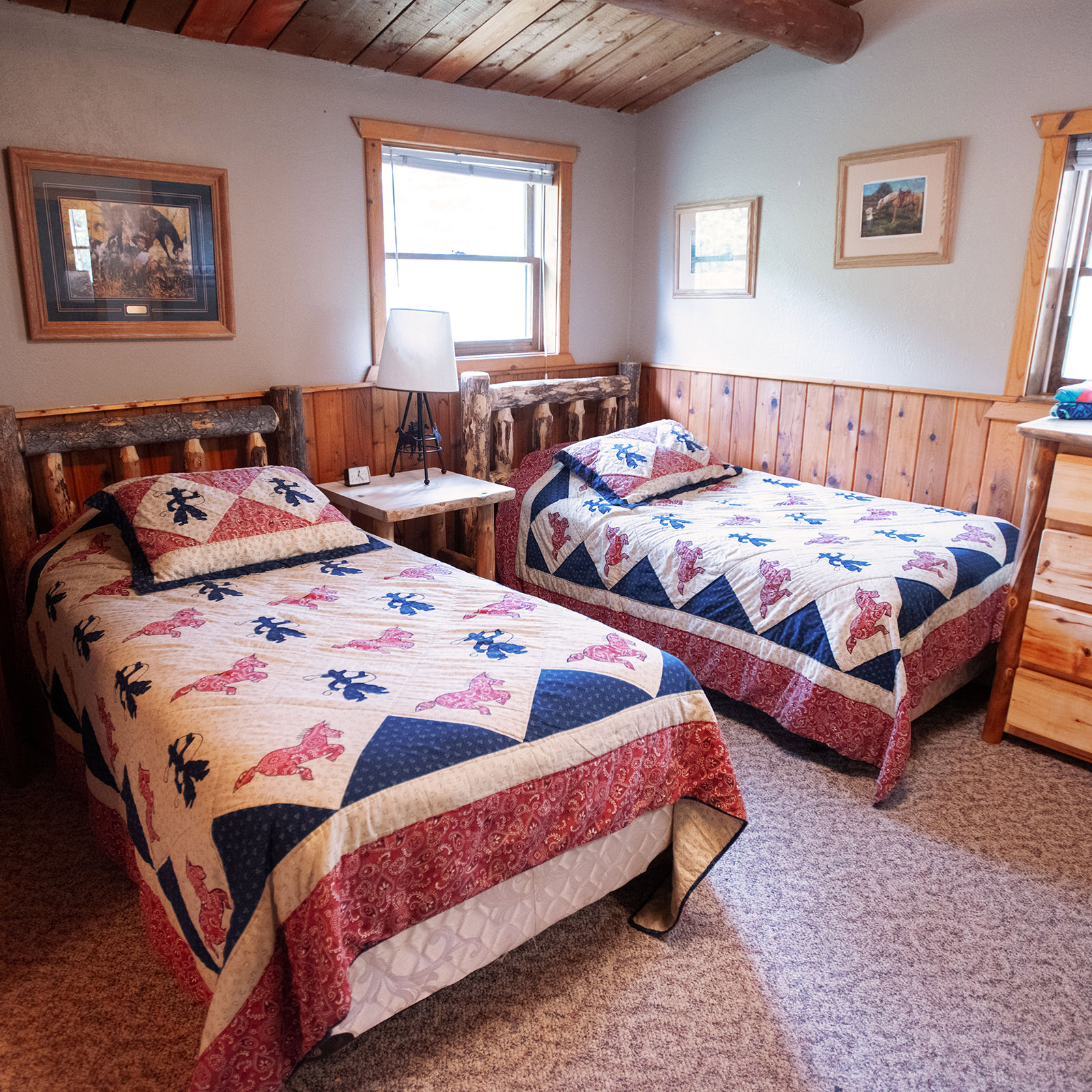 twin beds at Drowsy Water Ranch