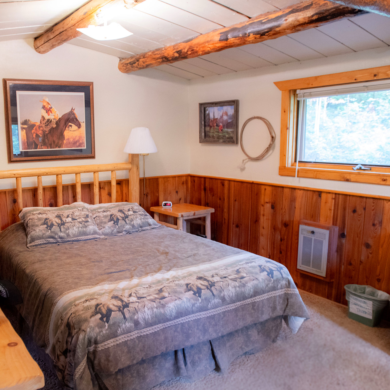 Queen-sized bed for ranch guests stay at Drowsy Water Ranch